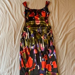Maggy London floral cocktail dress. Size 4